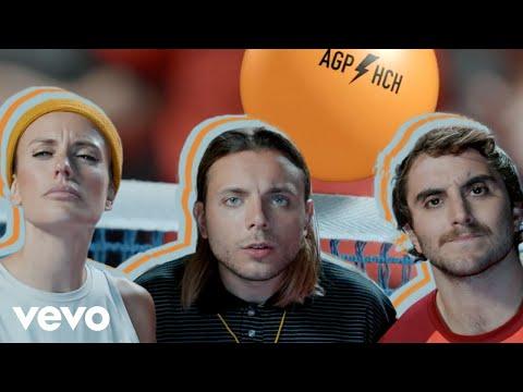 Agapornis, Hernan y La Champion's Liga, Lauro - Flasheaste Amor (Official Video)