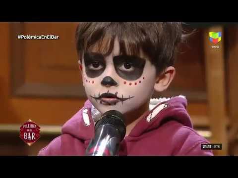 ¡Enormes! los hijos de Waldo Navia y Vanina Escudero cantaron con él en Polémica en el Bar