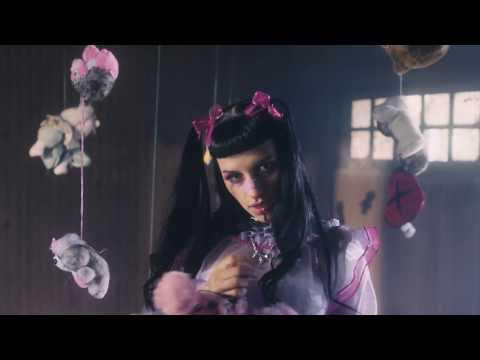 MENTISTE - Cazzu ( Video Oficial )