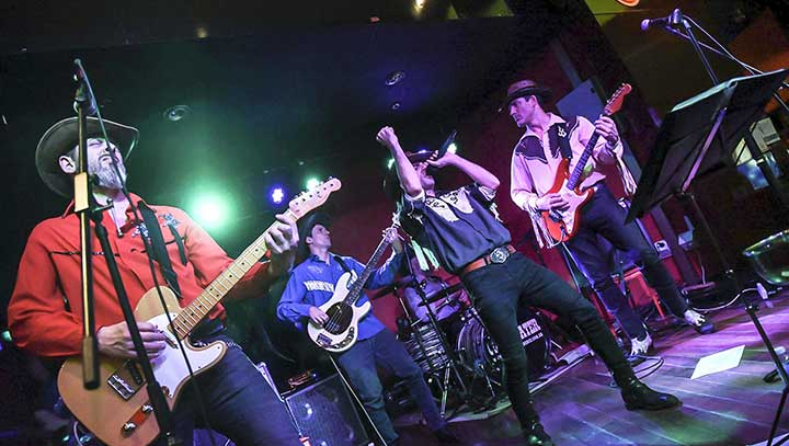contratar a clearwater tributo a creedence