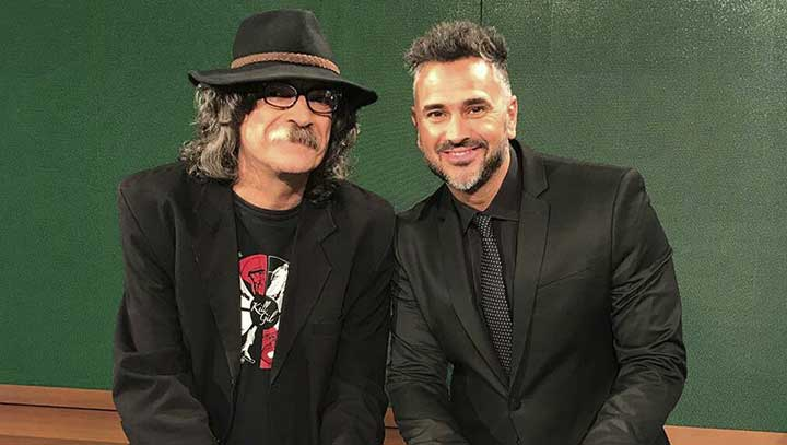 contratar a charly micol