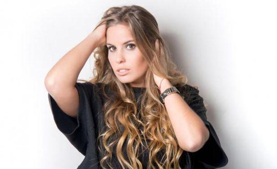 Podes contratar a Camila Rajchman en World Music BA. Consultá aquí