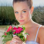 Yasmila Mendeguia manager, flores, primer plano