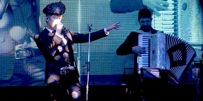 maxi trusso rock bailable