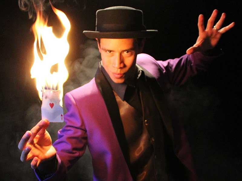 contratar magos e ilusionistas